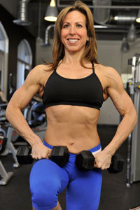 linda-stephens-figure-competition-training-posing-bodybuilding-womens-diet-darien-ct-portrait-shot